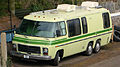 1979 GMC motorhome - Alton, Hampshire - UK (17314667625).jpg