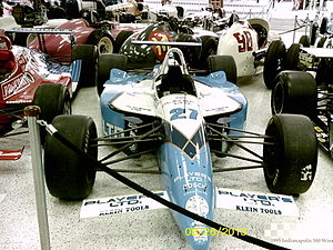 1995 Indianapolis 500 - Image: 1995 Indianapolis 500 winning car
