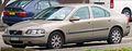 2000-2004 Volvo S60 sedan 01.jpg