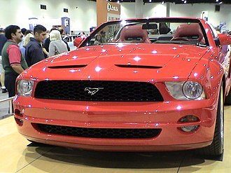 Ford Mustang (fifth generation) - The fifth-generation Mustang convertible concept, which resembles the later Shelby GT500
