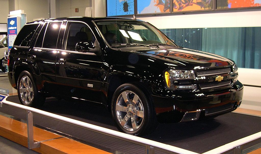 C Ffe Df Ab E A A D F D C Chevrolet Trucks Gmc Truck together with Stereo Wire Harness Chevy Trailblazer Chevrolet Free Wiring Diagrams also Px Chevrolet Ssr furthermore Px Chevrolet Trailblazer Ss furthermore Px Chevrolet Blazer Door. on px chevrolet trailblazer