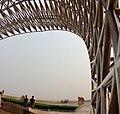 20120610沪滴水湖东侧观海嘴公园120吨不锈钢鱼雕 - panoramio.jpg