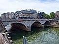 2021-05-29 11-43-42 pont-Saint-Michel-Paris.jpg