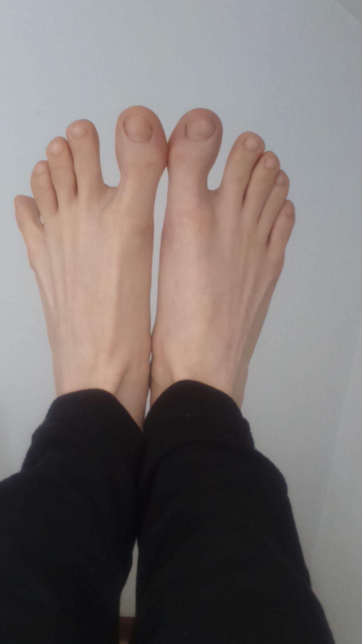 Mature Male Feet