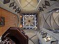 25149 De toren van de Parochiekerk Sint-Niklaas van onderaan.jpg