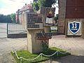 33 school Poznan monument.jpg