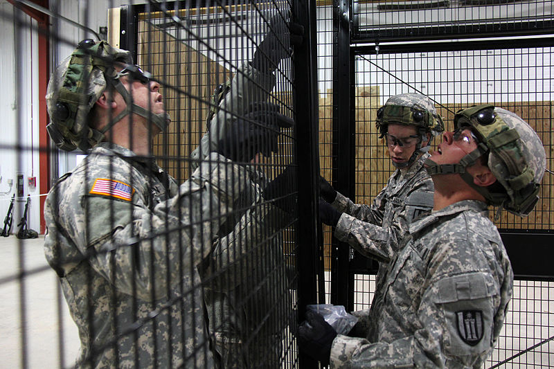 File:492nd Engineer Company soldiers complete detainee holding area construction 140327-A-LO368-003.jpg