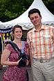 61g3b Insa Hagemann, Fotografin für die Hannoversche Allgemeine Zeitung (HAZ), und Alexander Dahl (Kürzel dl) vor dem Zelt der Mahnwache am Klagesmarkt.jpg