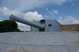 9.2 inch Coastal Defence Gun - geograph.org.uk - 844689