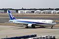 ANA B767-300ER(JA607A) (4462533158).jpg