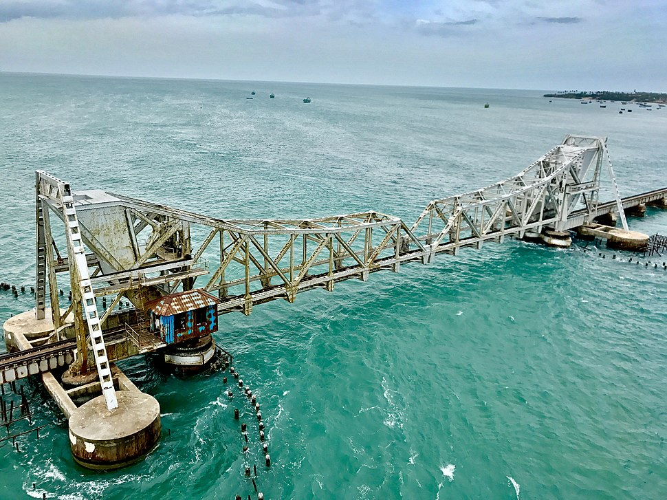 A closeup shot of Pamban Bridge
