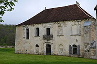 Abbaye ND de Quincy DSC 0099.JPG