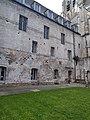 Abbaye de Saint-Riquier, façade côté cour 11.jpg