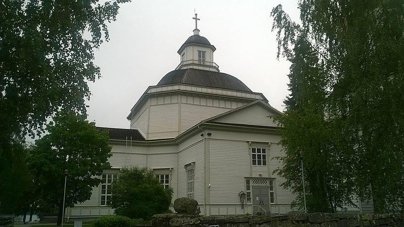 File:Alajärven kirkko.jpg