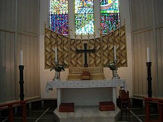 Bodø Cathedral - Image: Alteret i Bodø domkirke
