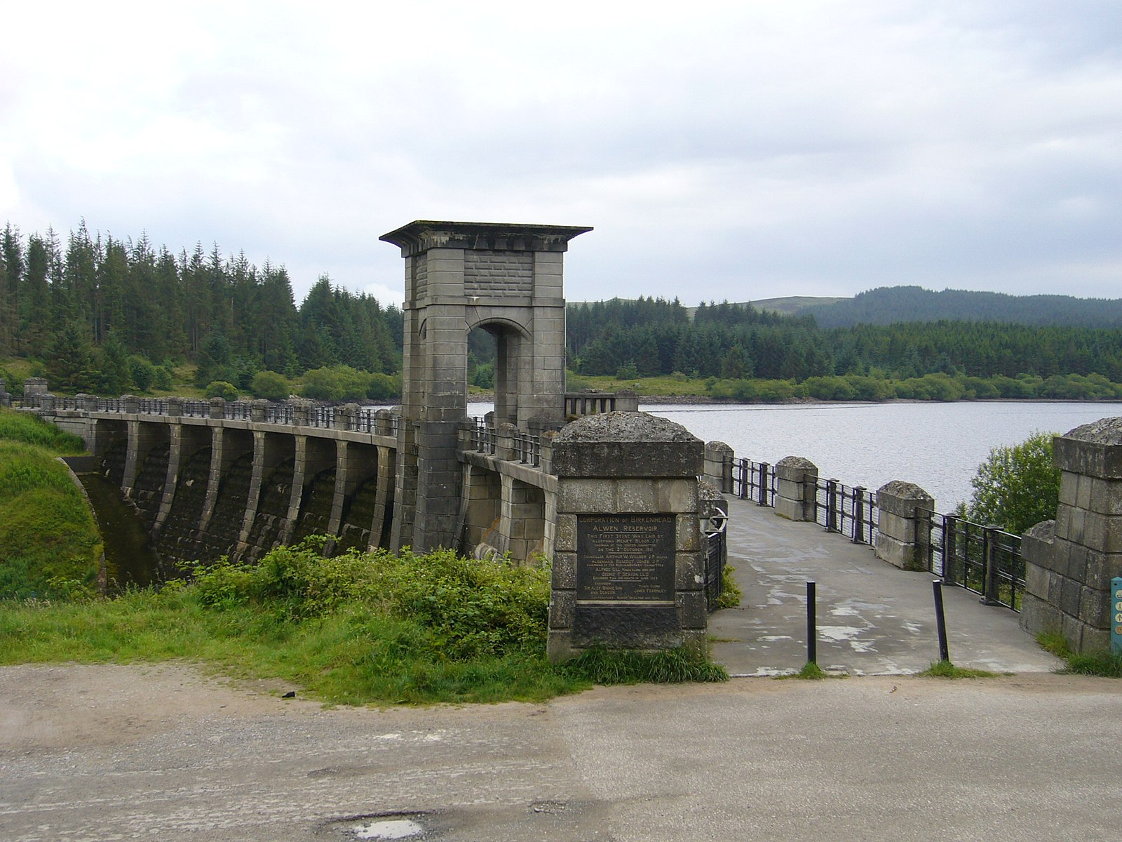 Alwen Reservoir - Things to Do in North Wales