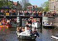 Amsterdam - Koninginnedag 2012 - Prinsengracht bridge.JPG