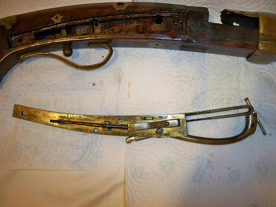 Antique Japanese (samurai) tamegashima (matchlock) firing mechanism