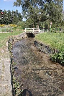 The Bulovský potok in Arnoltice.