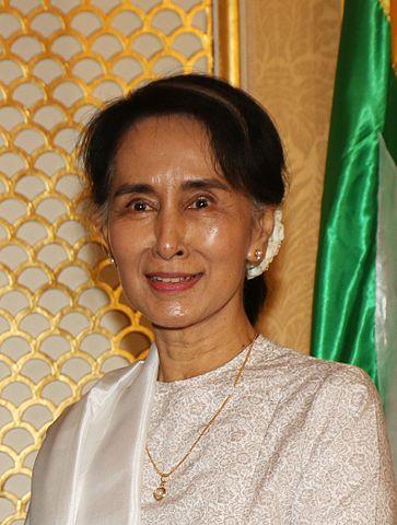 アウンサンスーチー(Aung San Suu Kyi)Wikipediaより