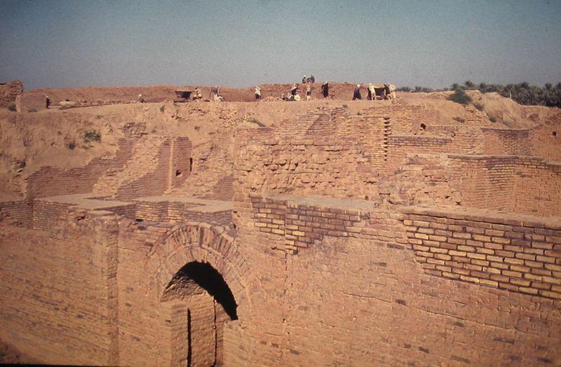 Fichier:Babylon ausgrabungen.jpg