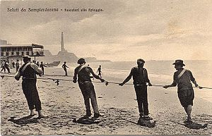 Sampierdarena - Old postcard of the beach