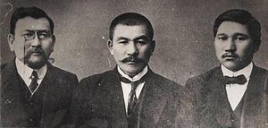 Alikhan Bukeikhanov - Akhmet Baitursynov, Alikhan Bukeikhanov and Mirzhakip Dulatov in Orenburg in 1913.