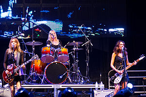 The Bangles - Image: Bangles at Festival of Friends 2012