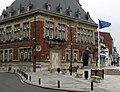 Bapaume hôtel-de-ville 2.jpg
