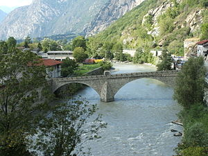Bard, Aosta Valley - Image: Bard ponte medioevale DSCF8374