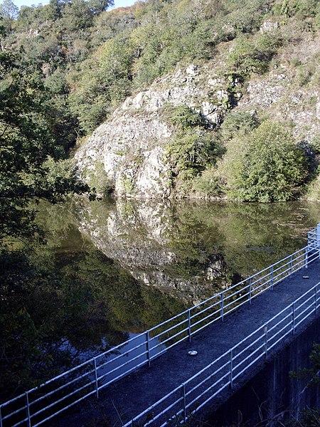 Barrage de l'Issoire sur la commune de Saint-Germain-de-Cofolens, Charente, France