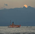 Bateau sur le lac Léman.jpg