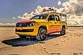 Beach-holiday-clouds-lifeguard (23697524084).jpg