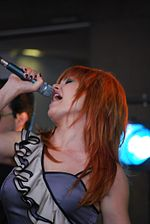 Belting - Vanessa Amorosi - Ch9 Today Show, Bourke Street Mall - Flickr - avlxyz.jpg