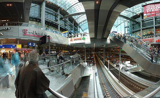Berlin Hauptbahnhof 140 panorama lower levels
