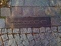 Berlin Mauer marker in Treptow.jpg