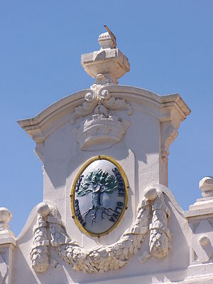 Ollioules - Detail on the front of the town hall