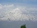 Blick zum Berg Ararat Ağrı Dağı Մասիս (5137 m) von Doğubeyazıt (39505492865).jpg