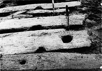 Wittmoor bog trackway - Image: Bohlenweg Wittmoor hist Foto Zapfenloch
