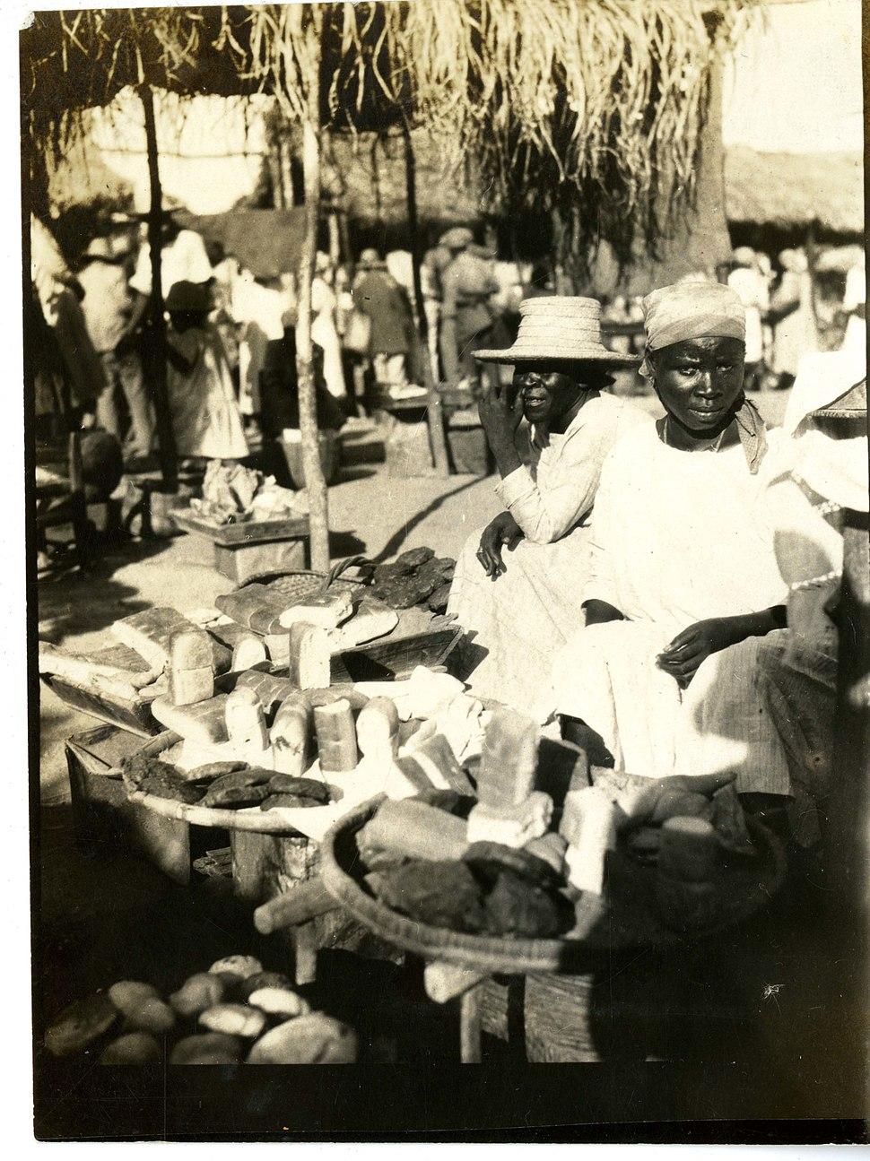 Bread market, St. Michel (Haiti) (15629128676)