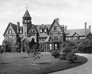 The Breakers (1878) Vanderbilt mansion in Newport, Rhode Island destroyed by fire in 1892