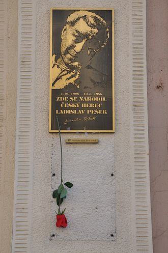 Ladislav Pešek - Memorial plaque on his birth house in Brno