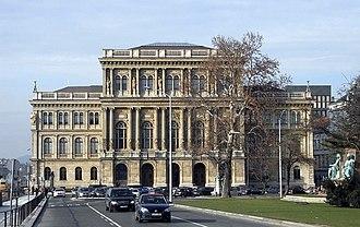 Hungarian Academy of Sciences - Image: Budapest, Magyar Tudományos Akadémia 24
