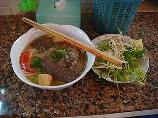 <i>Bún riêu</i> traditional Vietnamese soup