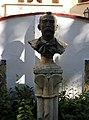 Bust de Joan Antoni Benlliure i Tomás al jardí de la casa museu Benlliure.jpg