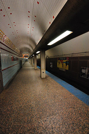 Chicago station (CTA Red Line) - Image: CTA Chicago State Subway Station