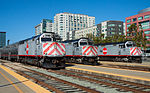Drei EMD F40PH-2CATs an der Station San Francisco.