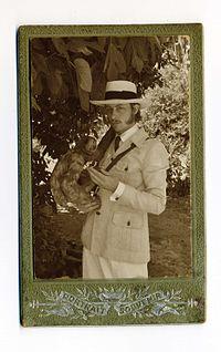 Camille portrait copie.jpg