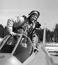 Captain-Hans-Neij-in-his-S-29C-after-breaking-the-world-speed-record-352107759058.jpg