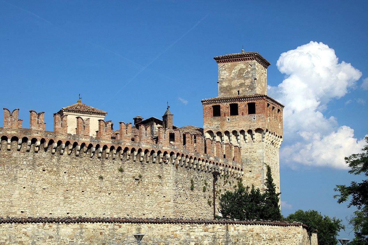 Castello di Vigoleno (Vernasca) 39.jpg
